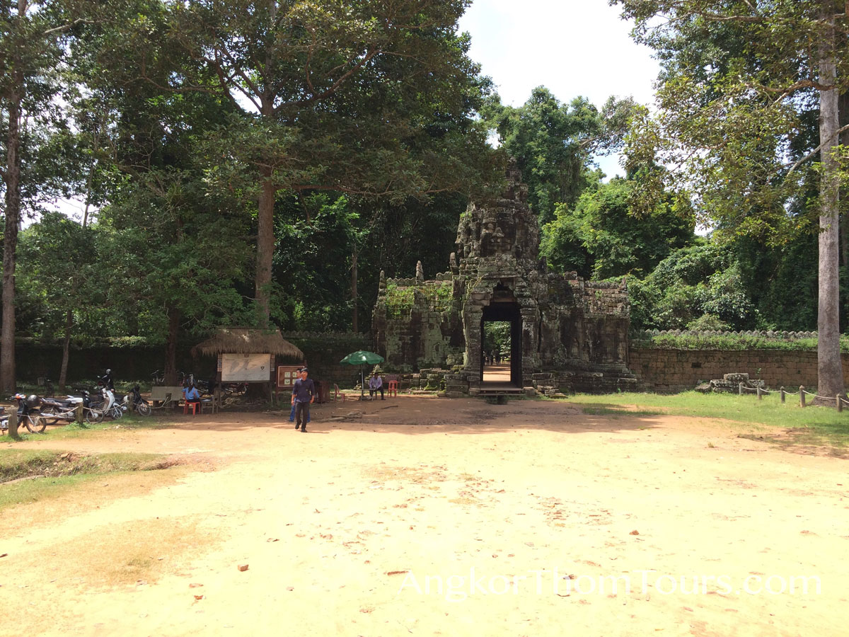 East Entrance To Banteay Kdei