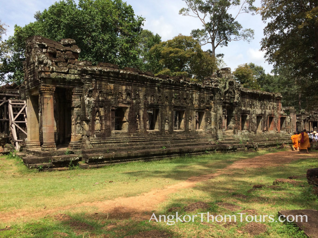 Long Hall At Banteay Kdei Courtyard
