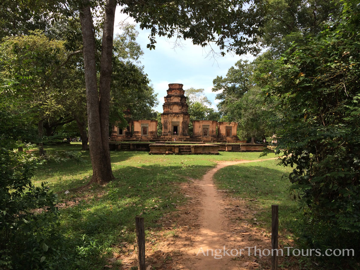 Prasat Kravan East Face