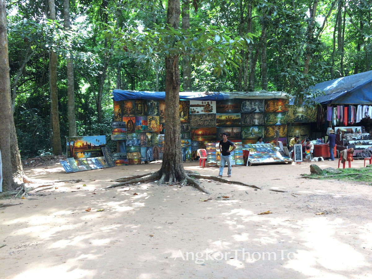 Vendors Selling Paintings At Banteay Kdei